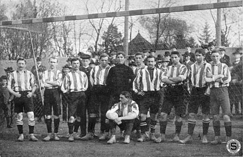 02-tym-v-roce-1905